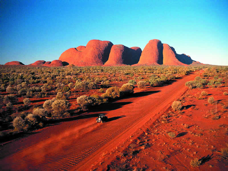 Independent Amp Group Uluru Ayers Rock Amp The Northern