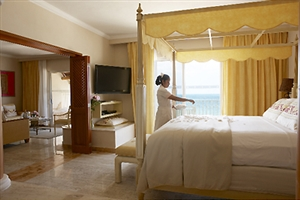 Honeymoon Suite Oceanfront