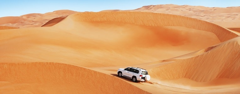 Dune bashing in Oman