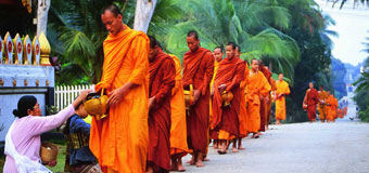 Touring Laos with Travelbag