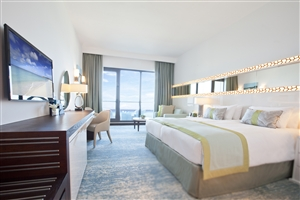 Club Sea View Room