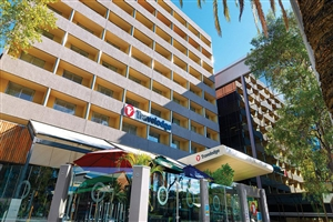 Travelodge Perth Hotel