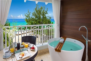 Beachfront Club Level Suite With Balcony Tranquillity Soaking Tub