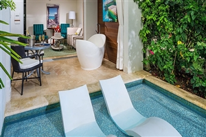 Crystal Lagoon Swim-Up One Bedroom Butler Suite With Patio Tranquillity Soaking Tub