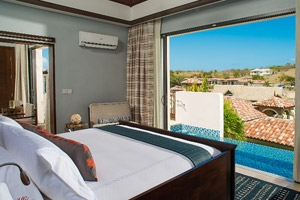 South Seas One Bedroom Butler Suite With Infinity Edge Pool
