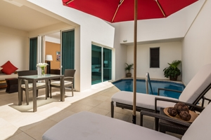 Anthurium Pool Suite