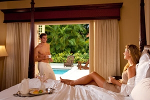 Butler Village Honeymoon Poolside Villa Room