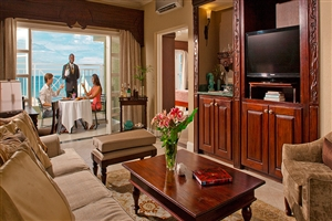 Riviera Honeymoon Beachfront One Bedroom Butler Suite