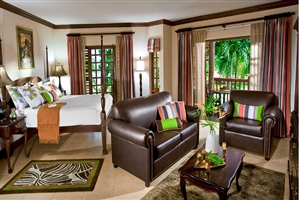 Negril Honeymoon Beachfront Grande Luxe Concierge Room