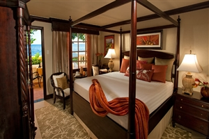 Oceanfront Honeymoon Walkout Club Level Room