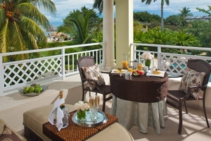Crystal Lagoon Honeymoon One Bedroom Butler Suite With Private Stairway