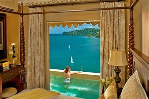 Sunset Bluff Honeymoon Oceanfront Butler Villa Suite With Private Pool