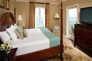 Sunset Bluff Oceanview One Bedroom Butler Suite