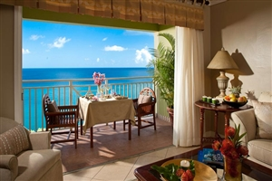 Sunset Bluff Oceanview One Bedroom Butler Suite With Balcony Tranquility Soaking Tub