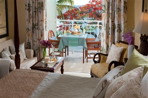 Emerald Honeymoon Beachfront Room