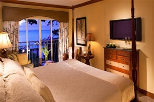 Emerald Oceanfront Room