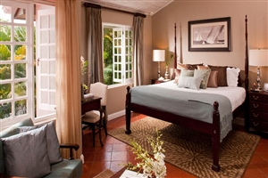 Emerald Honeymoon Hideaway Grande Luxe Room