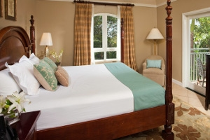 Sunset Bluff Honeymoon One Bedroom Butler Suite