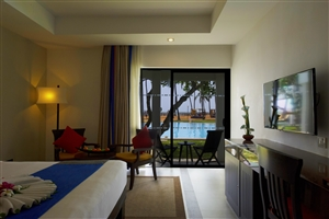Superior Poolside Terrace Room