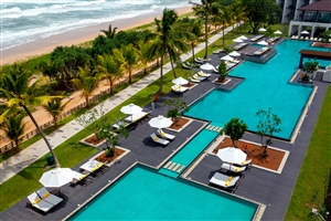 Centara Ceysands Resort & Spa
