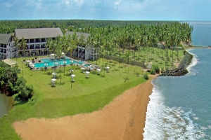 Suriya Luxury Resort, Waikkal