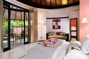 Sunrise Deluxe Beach Villa