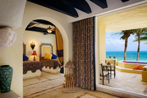 Romance Ocean Front Suite With Plunge Pool