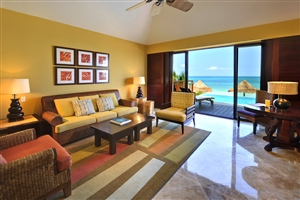 Oceanfront Casita Suite