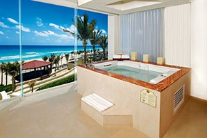 Gran Master Suite With Jacuzzi