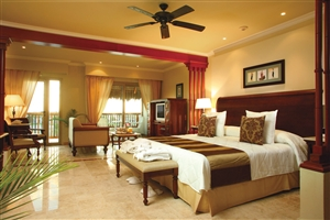 Golden Junior Suite