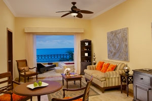 Preferred Club One Bed Presidential Suite Ocean Front