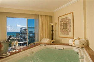 Royal Junior Suite Ocean View