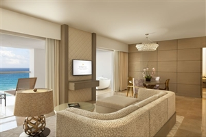 Royale Presidential Suite