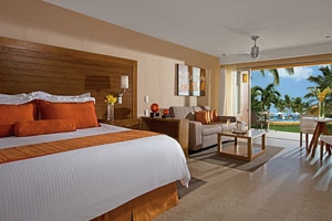 Preferred Club Solarium & Pool Suite Ocean View