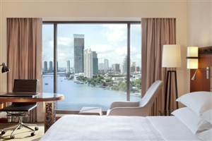 Premium Deluxe Riverview Room