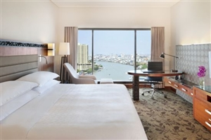 Deluxe Riverview Room