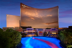 Wynn Las Vegas at night