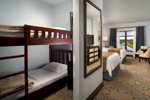 King/Double Queen Bunk Bed Room