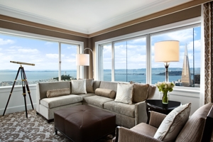 Signature Golden Gate Suite