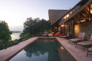 Kariega Game Reserve: River Lodge