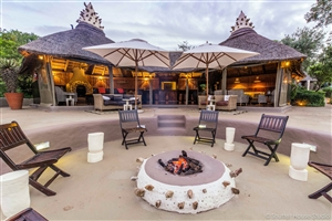 Amakhala Game Reserve: The Safari Lodge