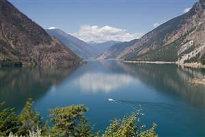 Seton Lake - click to expand
