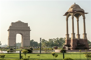 India Gate - click to expand