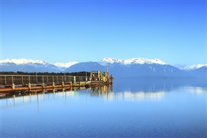 Te Anau - click to expand